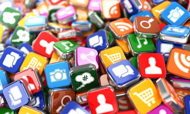 comunicare con i social media.jpg